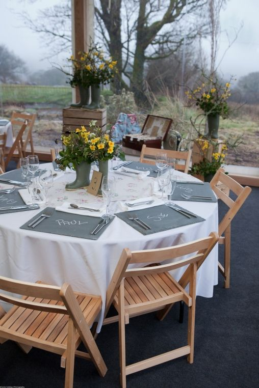 detalles enlace, protocolo banquete  http://www.secretariaevento.es/blog/inspiraciones-una-boda-muy-pequenita-y-original/#