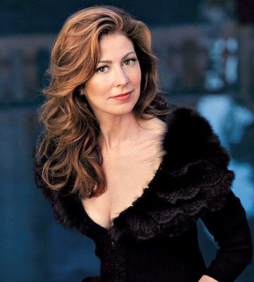 Dana Delany....she has been one of my favourite actresses since I saw her on China Beach, which I loved.