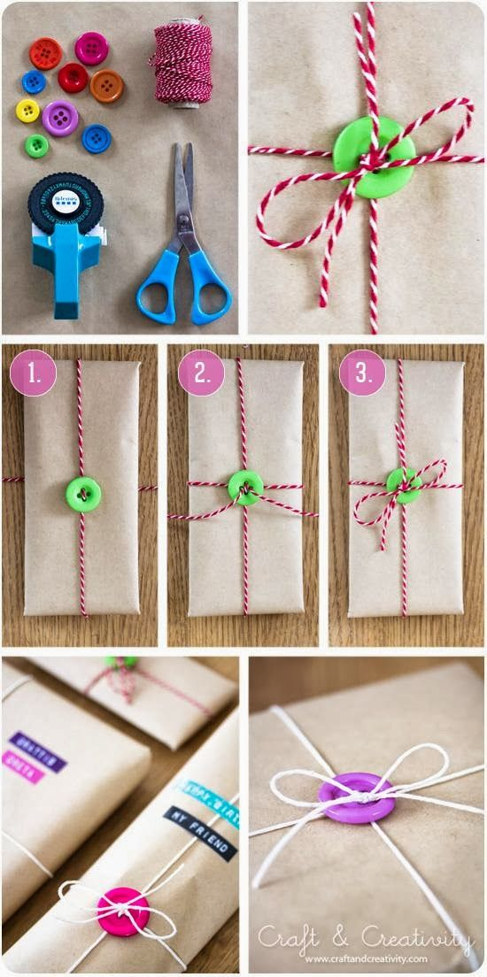 Paketinslagning med knappar - Gift wrapping with buttons, Gift wrapping