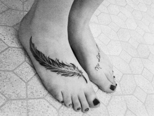 feather tattoo, foot