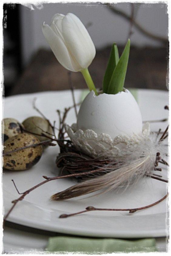 niedliche oster tischdeko mit eiern und blumen noch mehr. Black Bedroom Furniture Sets. Home Design Ideas
