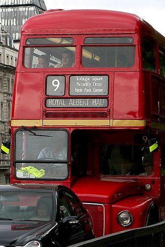 No 9 Bus, London
