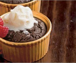 "Healthy chocolate ""lava"" cake"