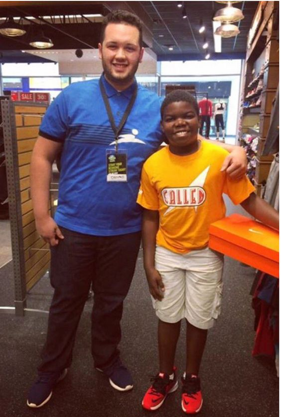 Finish Line Employee Buys Kid New Shoes After Hearing the Story Behind His Torn Sneakers
