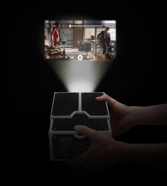 Luckies Smartphone Projector
