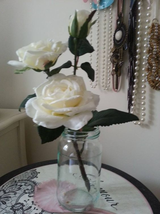 Gorgeous ivory rose and bud www.angelfloraldesigns.co.uk