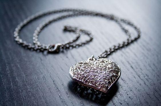 Что подарить на День влюбленных? Идеи подарков на 14 февраля