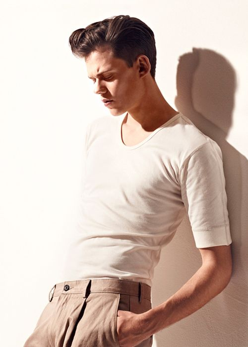 Bill Skarsgard. Let's just take a moment an thank the Skarsgard family for their beautiful and talented contributions to this world. Two of which are, ironically, played vampires. (In different series)