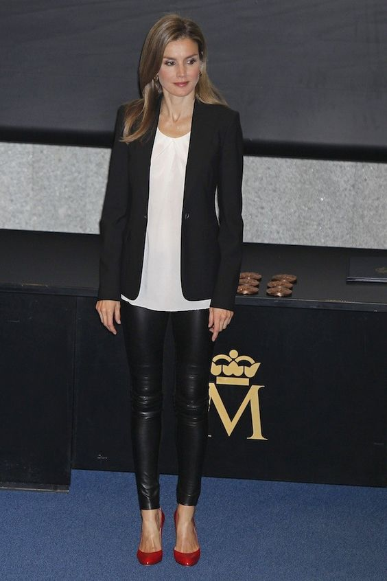 New style crush - Letizia Ortiz, future queen of Spain who mixes Mango & Zara with designer