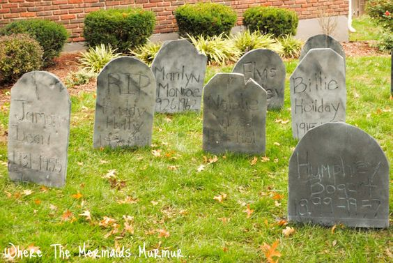 Where The Mermaids Murmur...: DIY Tombstone and Graveyard
