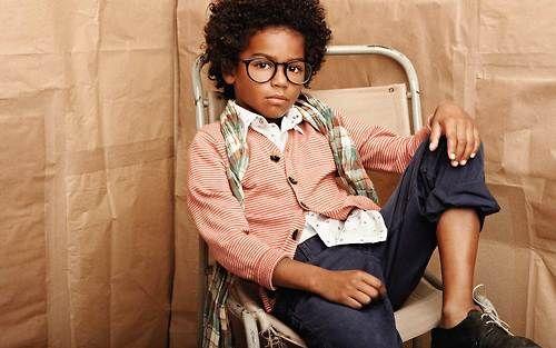 Vogue Enfants Brown paper bag for photo backdrop