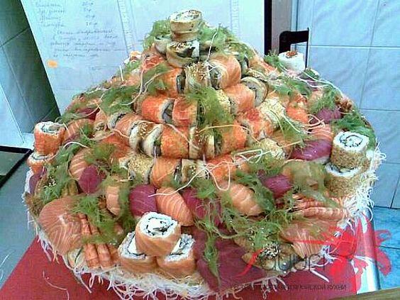 dish of my delivery restaurant menu - 125件のもぐもぐ - торт из роллов и сашими, Саюри by valera