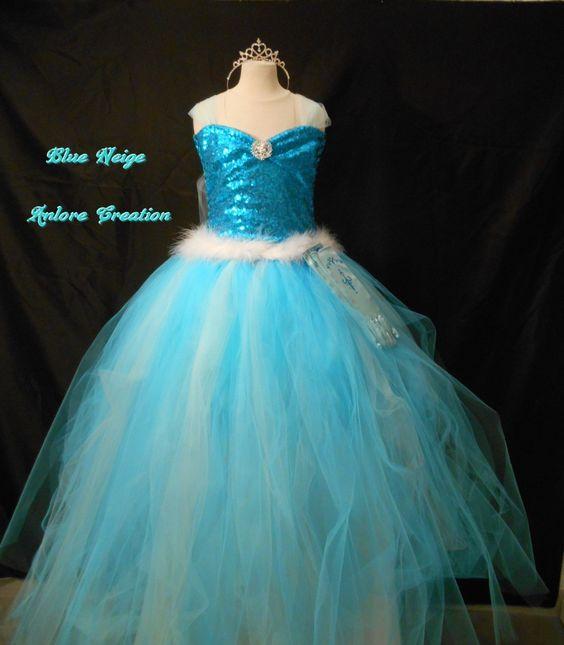 tres belle robe princesse des neiges en tulle et cape voile grande toiles 914