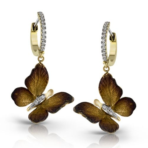 Organic Allure Collection - With .19ctw of white diamond complimenting the earthy 18K yellow and brown gold, these earrings are sure to draw some attention. - DE230