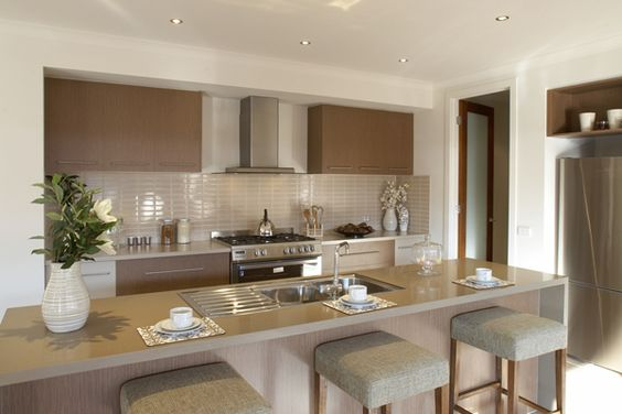 Beautiful kitchen design stainless steel works so well for Metricon kitchen designs