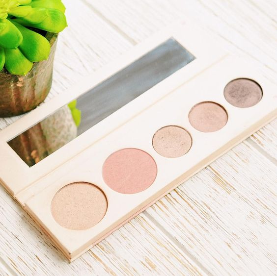 Fruit Pigmented® Pretty Naked Palette | 100% PURE