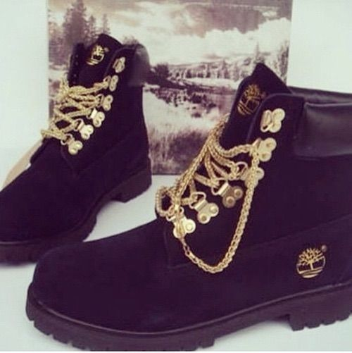 Image via We Heart It https://weheartit.com/entry/160415727/via/27161224 #black #fashion #moda #outfits #shoes #style #timberland #winter