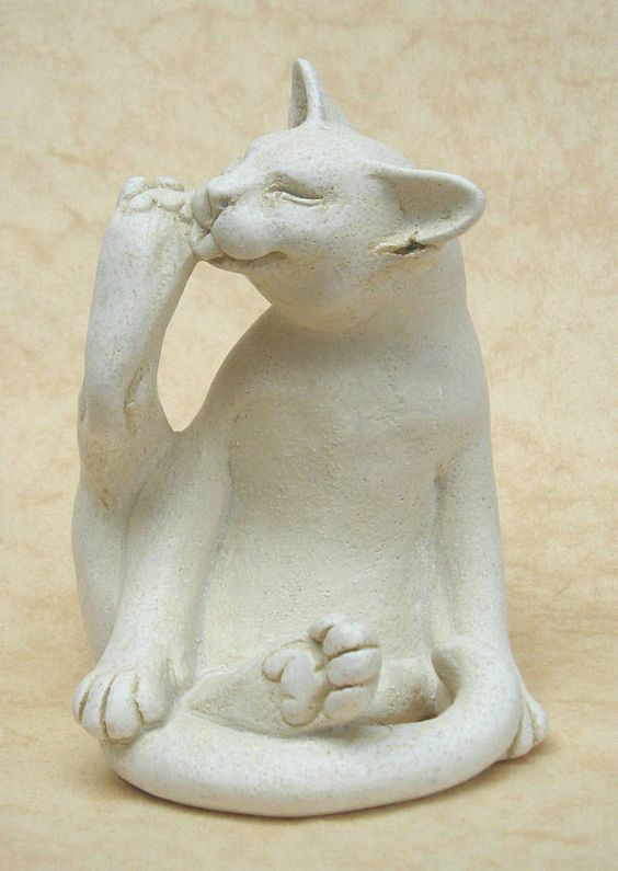 Jaspurr Washing Cat Portland Stone Resin: