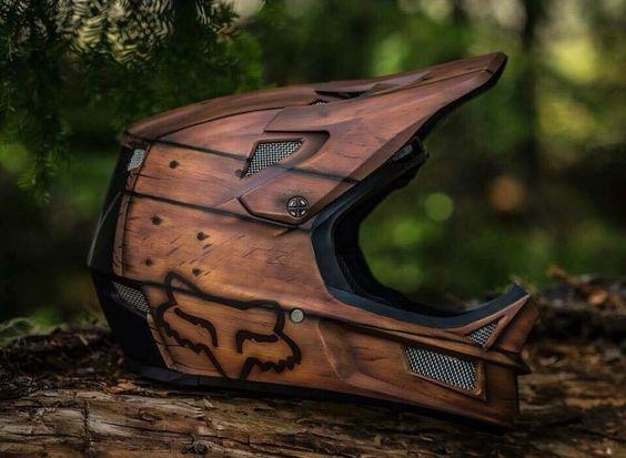 Man, I want this helmet!!!