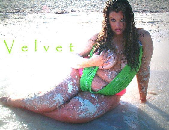 Velvet d'Amour fatkini  http://www.facebook.com/pages/Velvet-dAmour-Official-Fan-Page/353739560014
