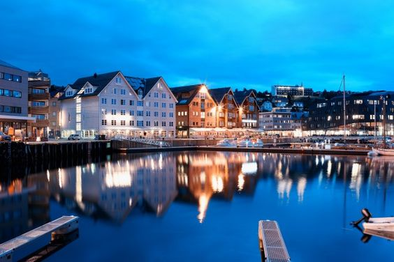 Tromsø: why you need to discover Norway's Arctic gateway - Norway isn't short of incredible landscapes. This is the country of majestic lakes, lush meadows and snow-covered mountains. Yet one part of Norway continues to hold unique appeal – the wild Arctic north where the …