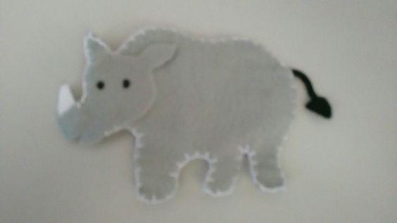 Rinoceronte de feltro