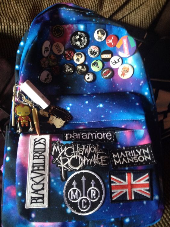 I ACTUALLY HAVE THAT GALAXY BACKPACK MINUS THE BANDS HAHA