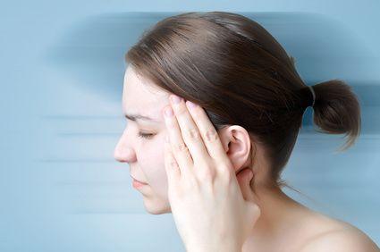 Kopfschmerzen sind eines der häufigsten Leiden der Deutschen. Was die Ernährung damit zu tun hat, erfahren Sie hier.