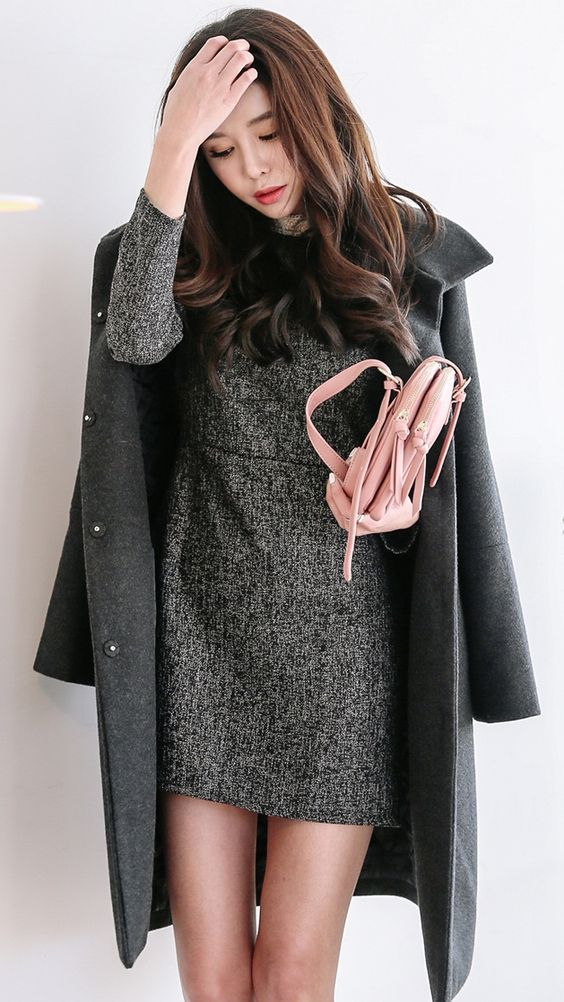 gray shift dress, gray winter jacket, pink purse