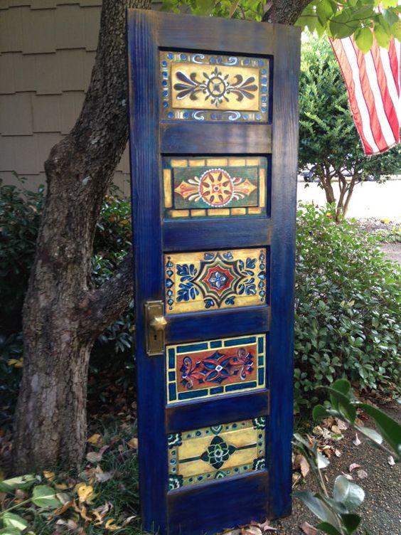 Puerta de madera, pintados a mano, antiguo, vintage, decoración de la pared o montaje en pared como cabecero de la reina, cabecero, cabecero doble del rey