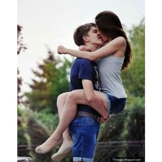 Hold, lift, girl, teen, couple, kissing, cute ❤ liked on Polyvore