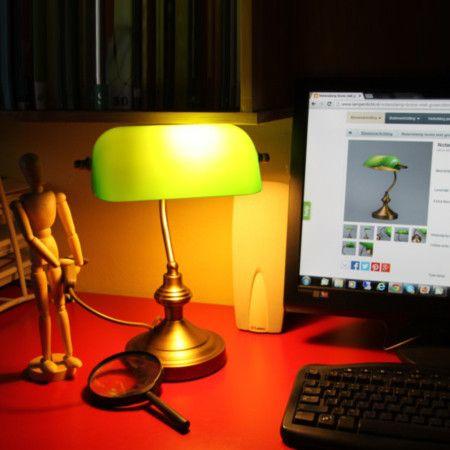 Tischleuchte NOTAR Messing mit grünem Glas  Wandern Sie auf Sherlock Holmes' Spuren! #Bankerlampe #Tischleuchte #Bürolampe