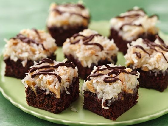 Almond Macaroon Brownie Bars  The cookie version of an Almond Joy candy bar!