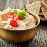 Creamy cheddar and cauliflower hummus (TNT) 01a55864a35dc37e0e9da837dadf6731
