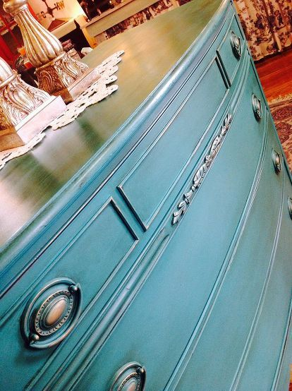 florence chalk paint decorative paint by annie sloan, chalk paint, painted furniture, Janet from Empty Nest painted this wonderful piece Florence with clear and dark wax buffed to a sheen