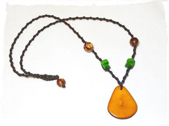 Halskette ☼ Tagua ☼ braun ☼ Samen ☼ Naturschmuck von Sunnseitn Kunsthandwerk auf DaWanda.com
