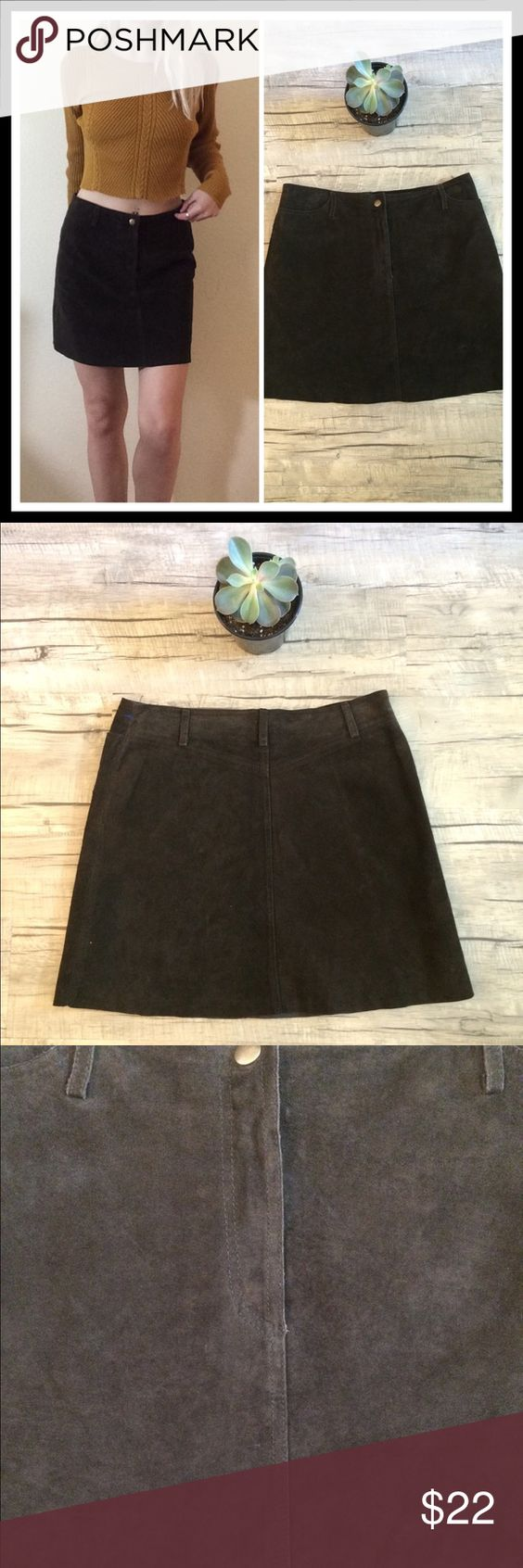 "90's Vintage 🍁Dark Chocolate Swede Mini Skirt🍁 +Measurements+  Waist-30""  Length- 16""  +Details+  Model is 5' 5"" and is a size XS - fits slightly too big on model and skirt is being held up at waist to give an idea on how it should fit- Real leather- Pockets!!! That work!!- snap button closure- has belt loops- ✨NOT LF✨🐰NO TRADES🐰 #90s #grunge #idleskin #distressed #vintage #graphic #band #metal #punk #edgy #fall #leather #chocolate #dark #witchy LF Skirts Mini"