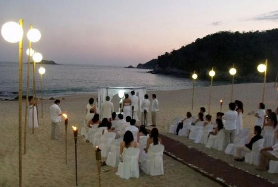 Decoraciones sencillas para tu boda en la playa http for Decoraciones para bodas sencillas