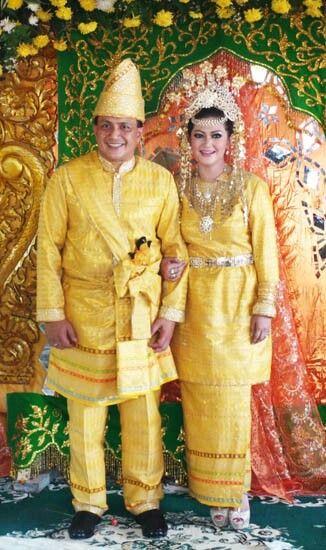 Pengantin Melayu Malay Traditional Costumes Pinterest
