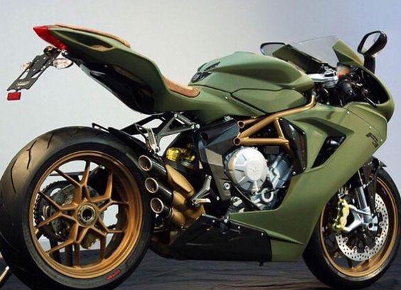 Mv Agusta F3 O...M...G  please Santa