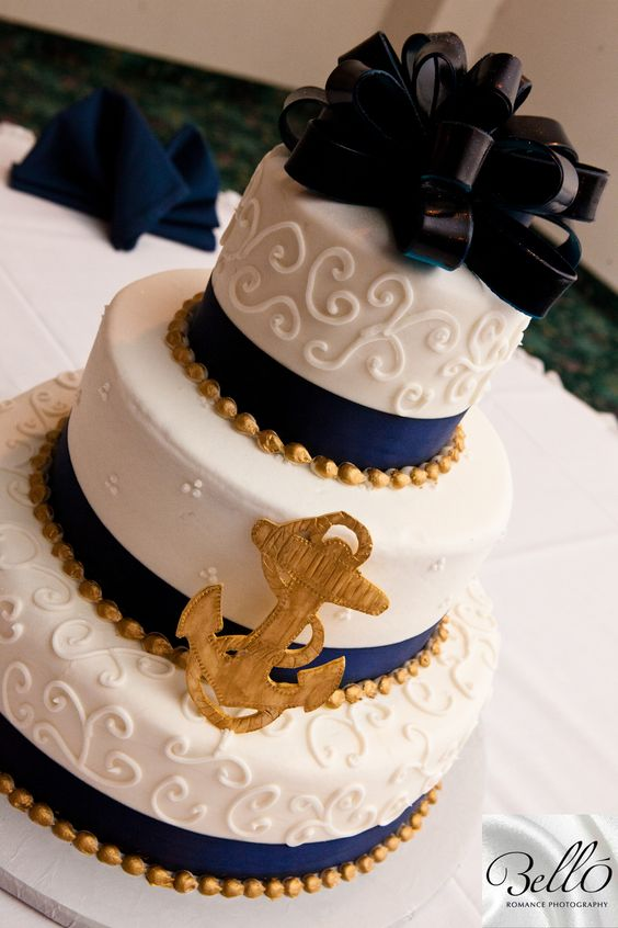 Cute Sailor Themed Wedding Cake For Those Military