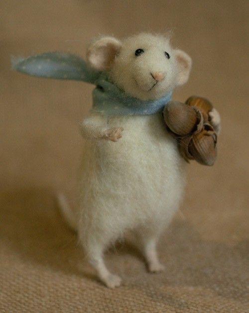 Eek Es Ist Eine Maus In 2020 Filztiere Nadelfilztiere Filzmaus