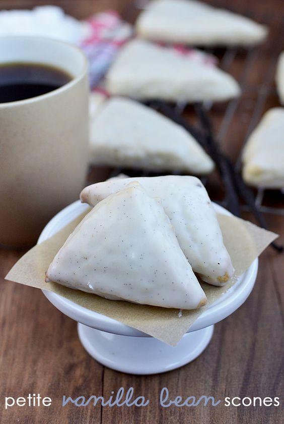 Mini Vanilla Bean Scones tastes just like Starbucks Petite Vanilla Bean Scones. Sweet, cakey – perfect! | iowagirleats.com
