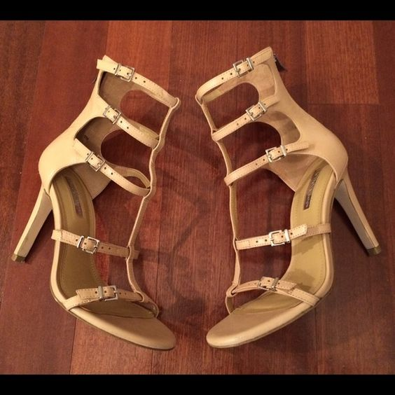 BCBGeneration Leather Heels 6 EUC, worn a few times. Minor wear/tear/scuffs. Leather upper. Size 6- fits true to size. Super cute and can complement many outfits! No trades. BCBGeneration Shoes Heels