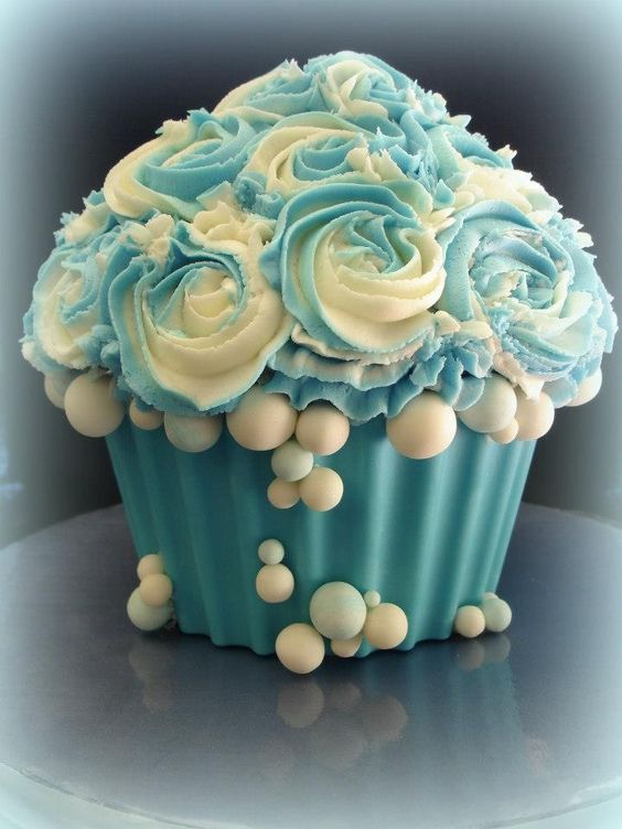 Bathtime-Pretty Giant Cupcake Cake