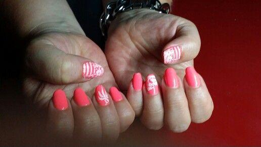 P-Shine met neon rose gelpolish en palmboom filligree.