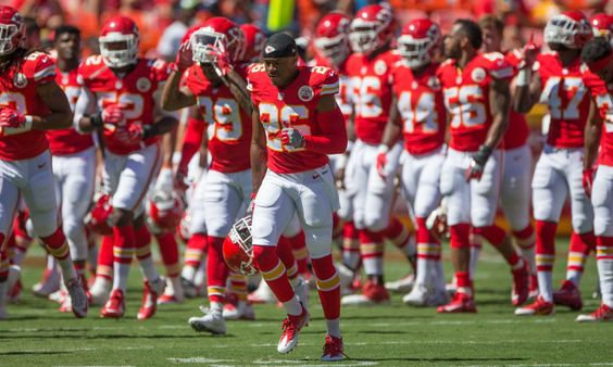 Bengals claim former Chiefs rookie DB KeiVarae Russell = The Kansas City Chiefs decided to throw in the towel on third-round draft pick KeiVarae Russell just days after the first game of the 2016 NFL season. Apparently, Russell wasn't able to carve out a role with the Chiefs, so.....