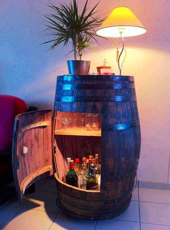 Meuble original compos de vraies barriques bar et salons for Meuble bar a boisson