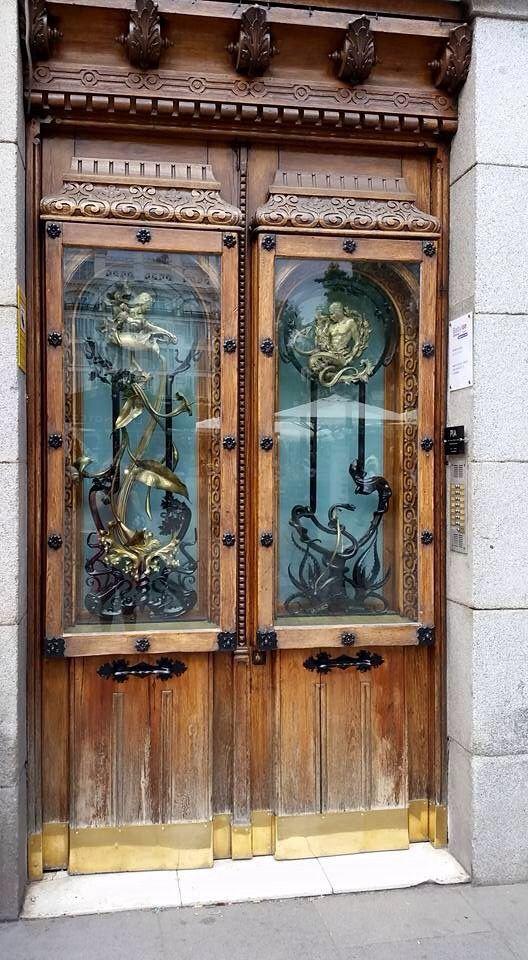 Door in Jerez de la frontera