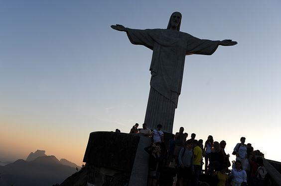 Cristo Redentor in Sonnenuntergang, Rio de Janeiro
